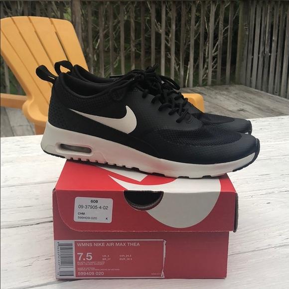 Women's Nike Air Max Thea Size 7.5 NWT